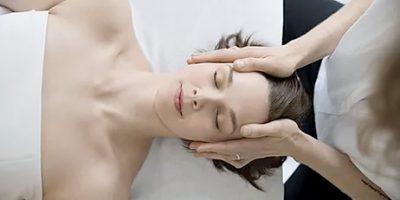 En djupgående muskelmassage för gravida